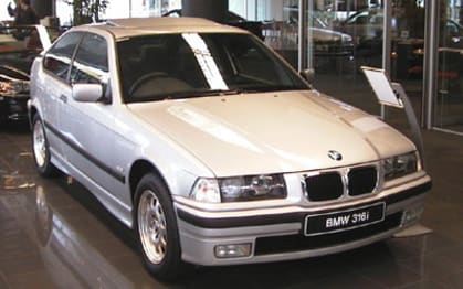2000 BMW 3 Series Hatchback 316i Contour