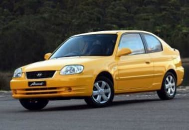 2004 Hyundai Accent Hatchback 1.6