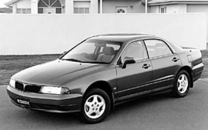 1996 Mitsubishi Magna Sedan Executive