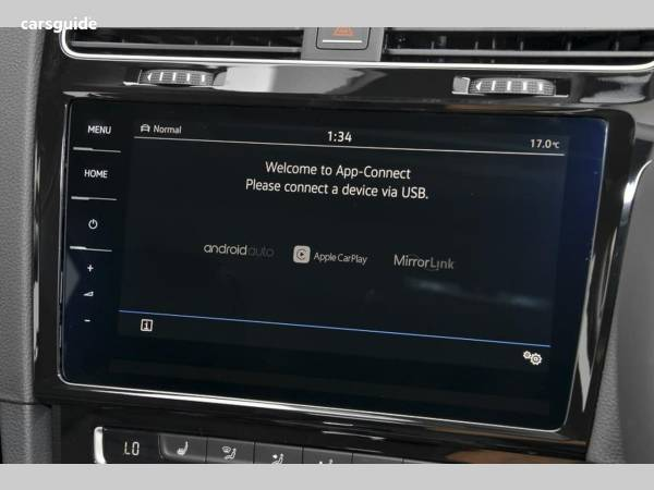 Volkswagen Golf Hatchback for Sale with Apple Carplay , page 18