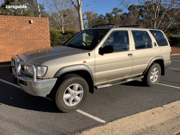 2000 Nissan Pathfinder ST (4x4) For Sale $4,800 Automatic
