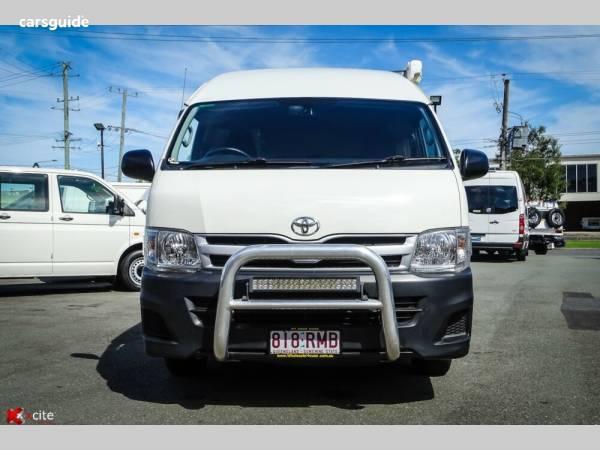 2011 Toyota Hiace Commuter