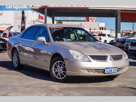 2003 Mitsubishi Verada