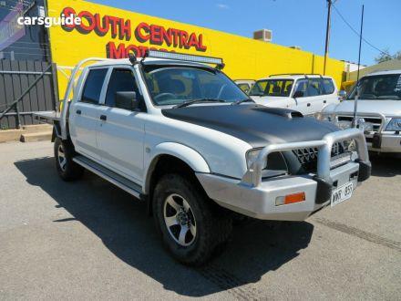 2003 Mitsubishi Triton