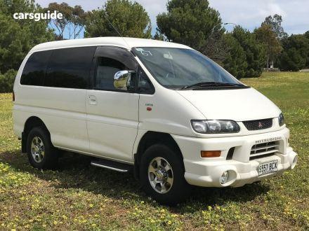 2002 Mitsubishi Delica
