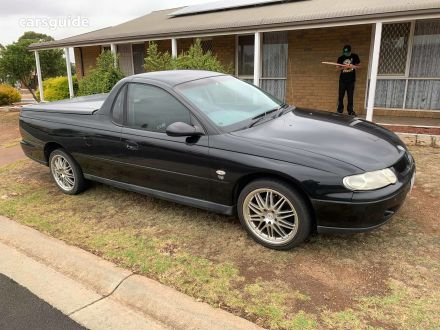 2001 Holden VU