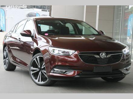 2020 Holden Calais