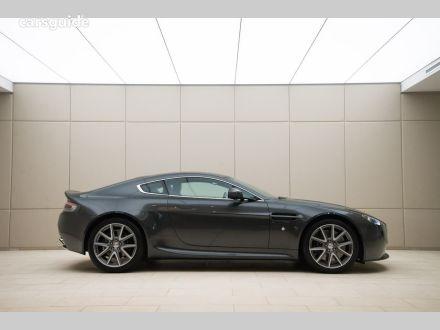 2012 Aston Martin V8