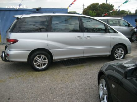 2005 Toyota Tarago