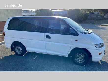 1999 Mitsubishi Starwagon