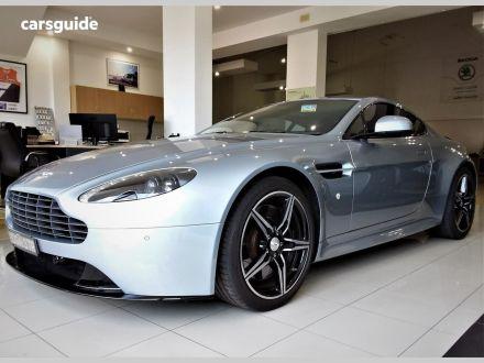 2016 Aston Martin V8