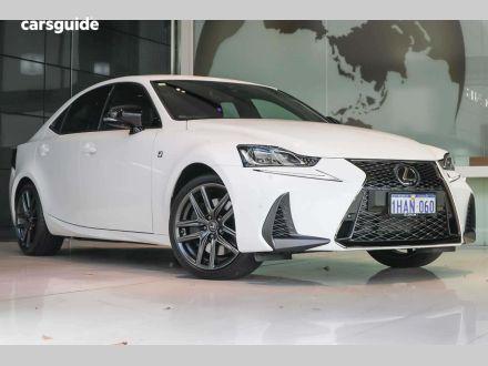 2020 Lexus IS300