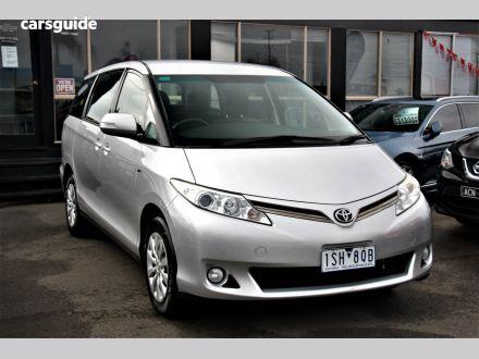 2011 Toyota Tarago