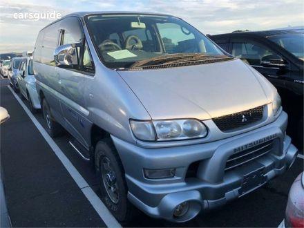 2006 Mitsubishi Delica