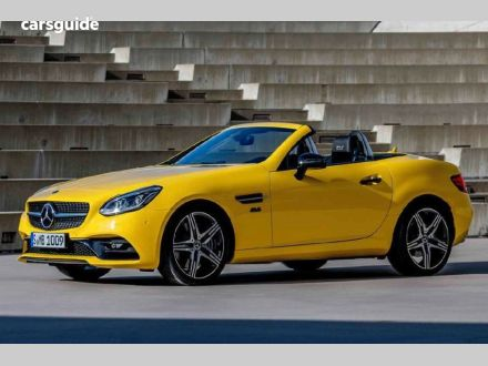 2020 Mercedes-Benz SLC300