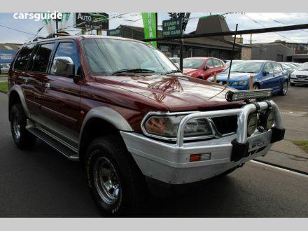 2000 Mitsubishi Challenger