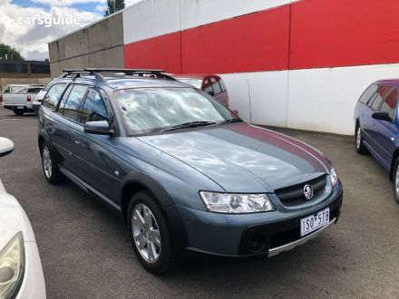 2006 Holden Adventra