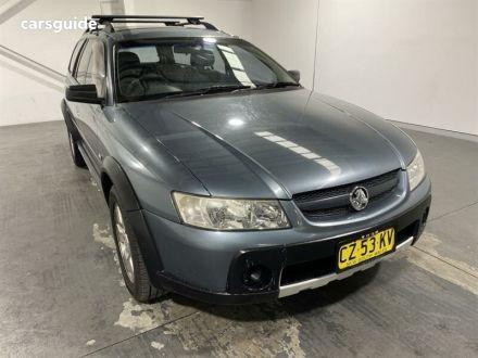 2005 Holden Adventra
