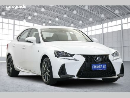 2017 Lexus IS350
