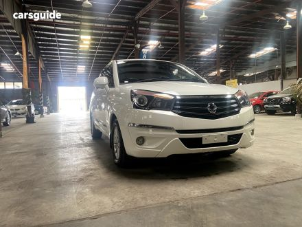 2014 Ssangyong Stavic