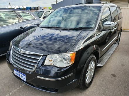 09c34c292df Chrysler 7 Seater for Sale | carsguide