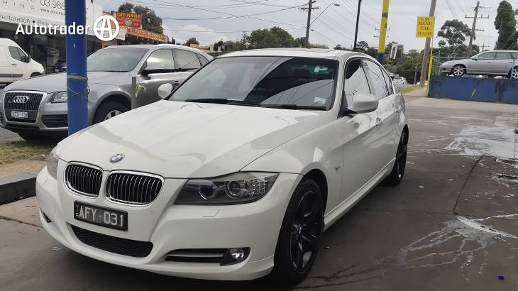 2011 BMW 320D Lifestyle